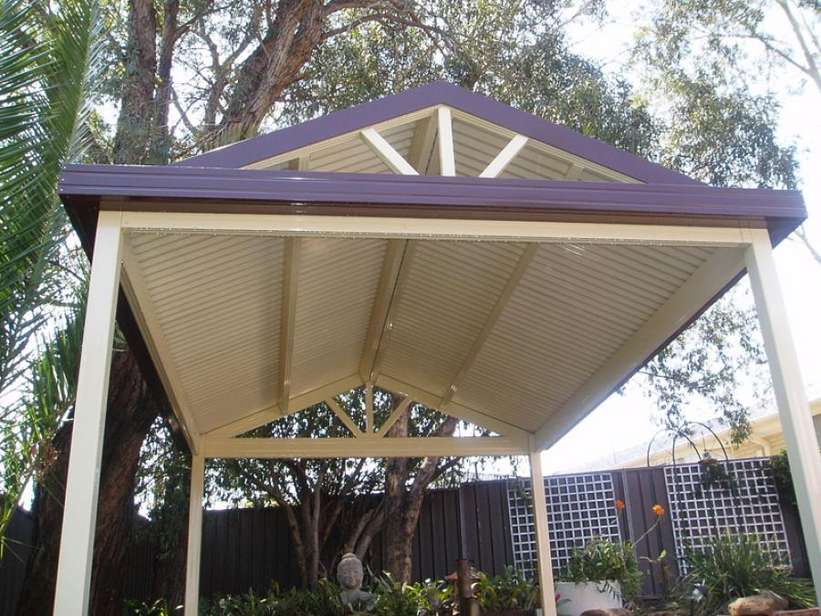 Gable Free Standing 01